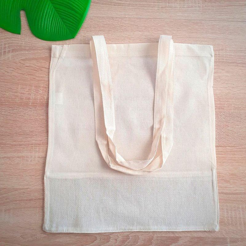 Detalle bolsa de tela grande
